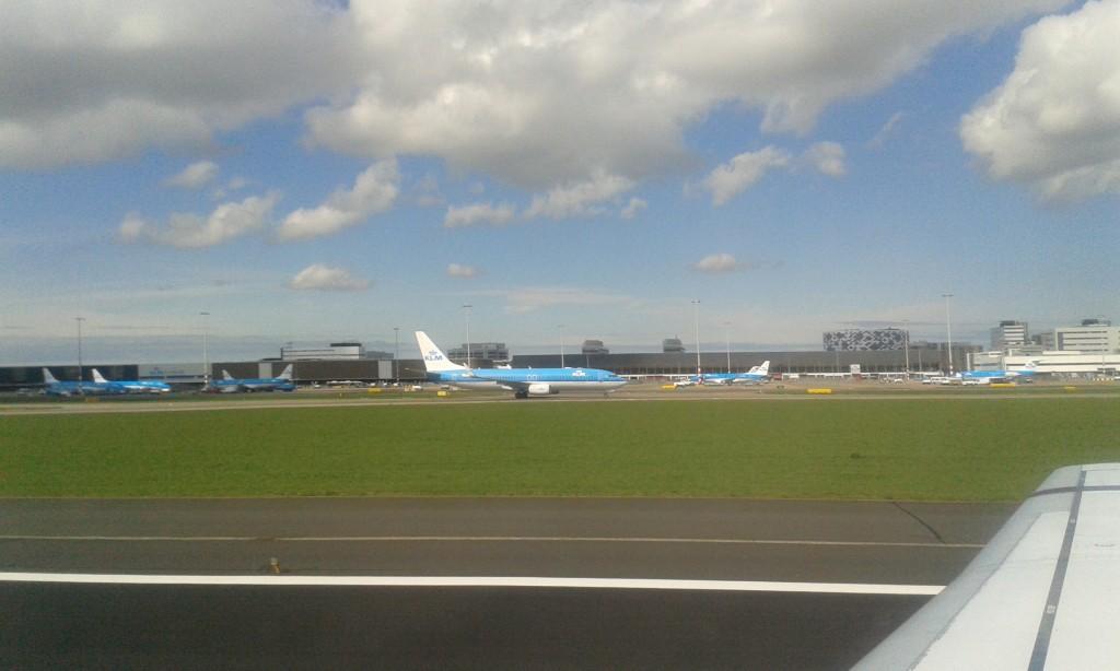 KLM-Maschinen am Schiphol-Flughafen-NL